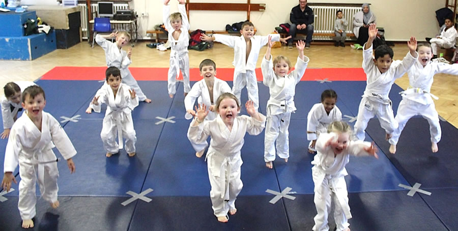 Judo Club - Lessons for Boys & Girls in Elmbridge Surrey including Xcel Sports Complex Walton on Thames
