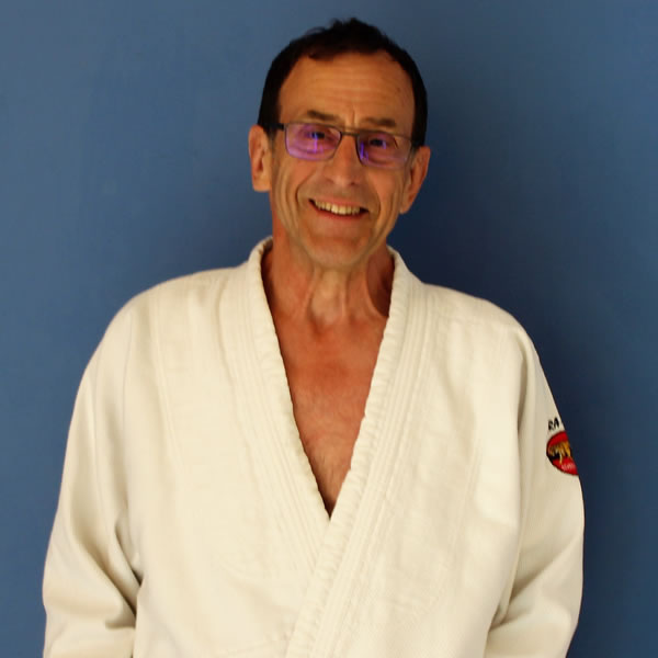 Judo Coach Adrian Pearman - Teaches in Walton-on-Thames and other Elmbridge Surrey Schools and Sports Centres